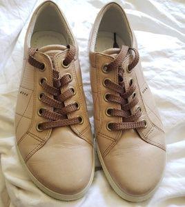 ECCO Tan Brown Sneakers